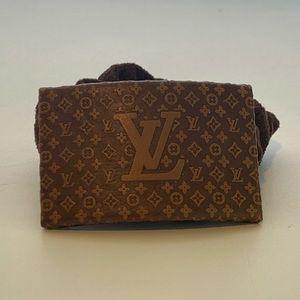 Louis Vuitton hair scrunchie